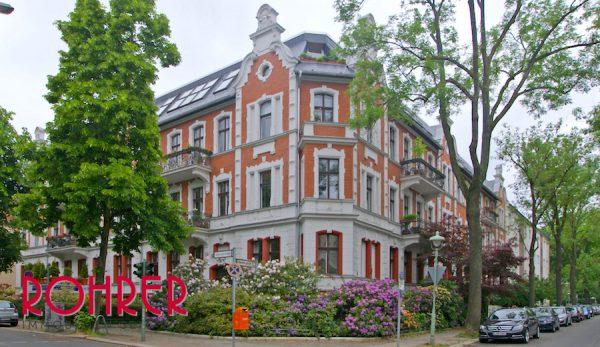 2017 0907 Fassade Eingang Dachgeschosswohnung 12163 Berlin Kauf Objekt 101046 O 56151 Lichtdurchflutet Dachgeschoss Steglitz