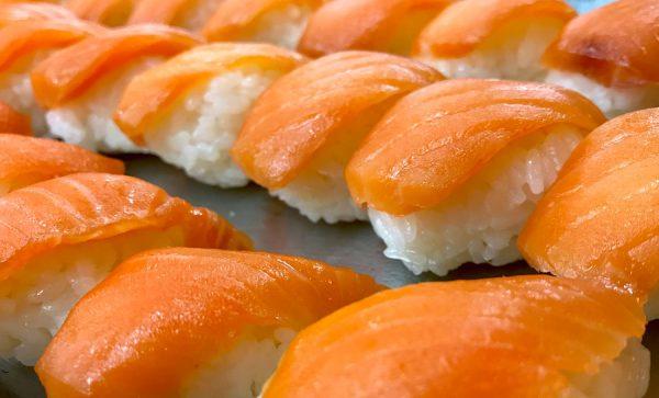 Gruppe Reservierung ohne Asiatisch Asian Buffet Zhous Five Restaurant Chinesisch Sushi Nigiri
