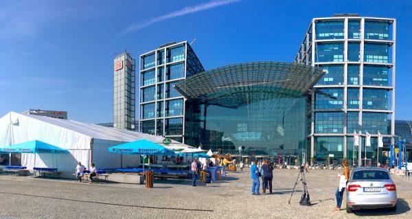 2017 Grossevent Bierzelt August Berlin Sommer Fest Festival Sommerferien