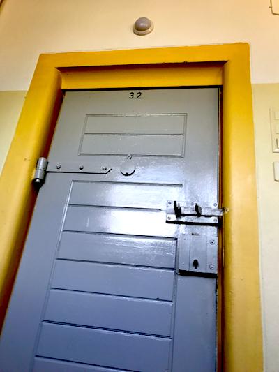 Knast Tor Tür Verriegelt PLACCES SOEHT 7 Ateliers ehemalig Frauengefängnis Lichterfelde Sommerfest Betreiber neu Event Location
