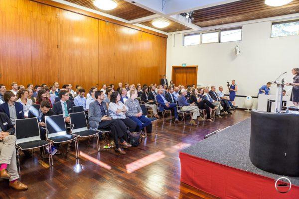 Ausbildung Weiterbildung Schulung Versicherung Absicherung Familie Vorlesung pic Joerg Unkel PhotoConcierge