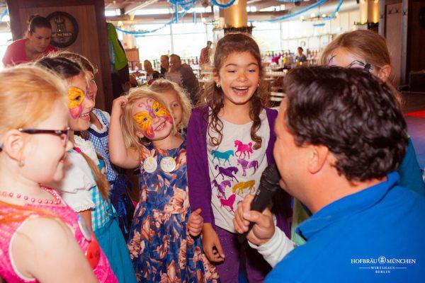 Interview Kinder Gaeste Kinderbrunch Christian KiKANiNCHEN Legoland Discovery Hofbräu Berlin Photoconcierge Joerg Unkel