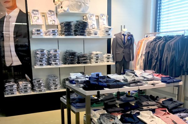 Business Anzug Grau Hemd Krawatte Stones Sons Seidensticker outlet Grosshandelspreise Showroom Draga Thamke Grosshandel Fashion