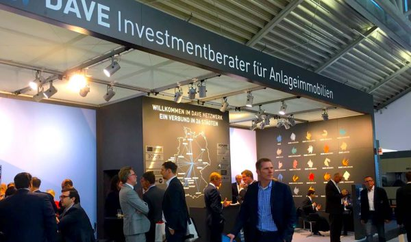 Rohrer Immobilien Dave Expo Real Stand Corvin Tolle